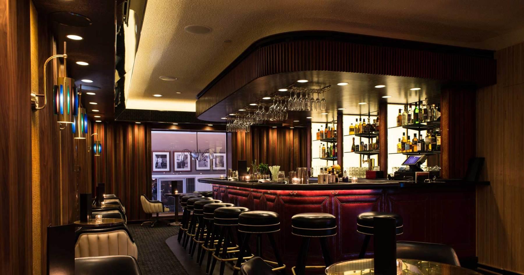 The 17 Best LA Bars for Grabbing Last Call