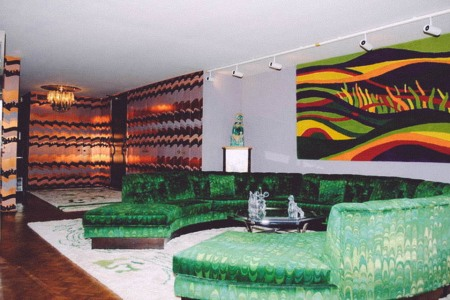Just Fondue it: Untouched '70s Penthouse Is Up For Sale