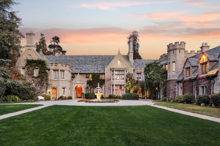 $200M Will Get You Playboy Mansion, a New Roommate