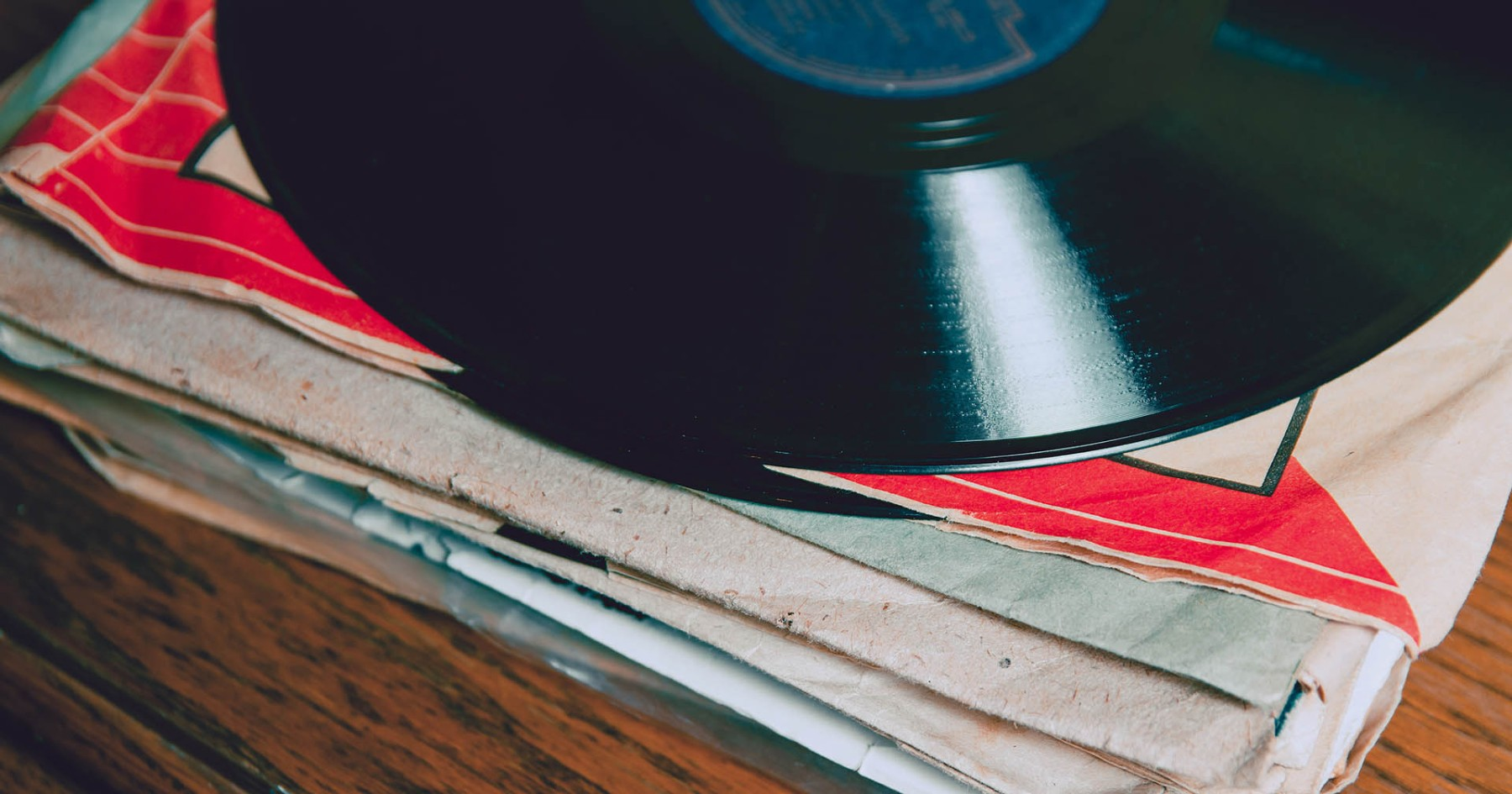 Gentleman's Handbook, Vol. 10.2: Investing in Rare Vinyl