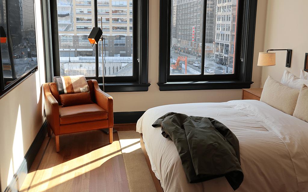 Shinola Hotel room king