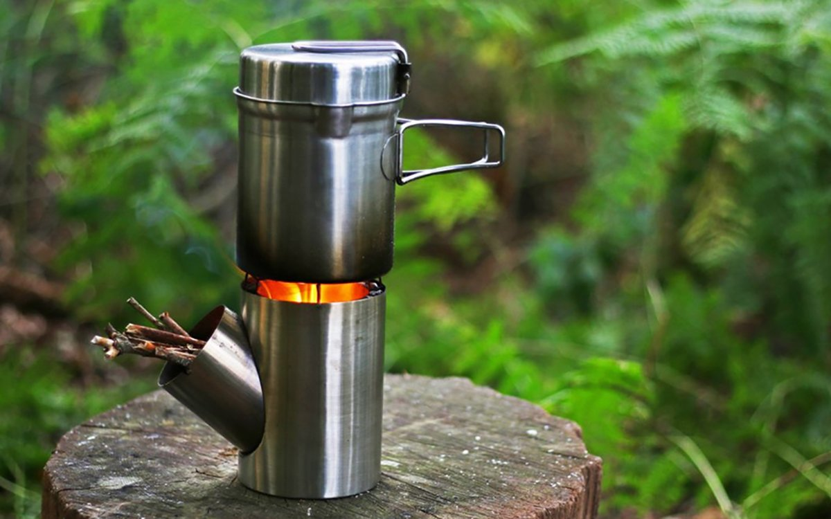 This $100 Rocket Stove Makes Campfire Cooking Idiotproof