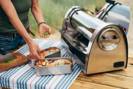 This Solar Oven Cooks Food With the Fire of a Thousand Suns