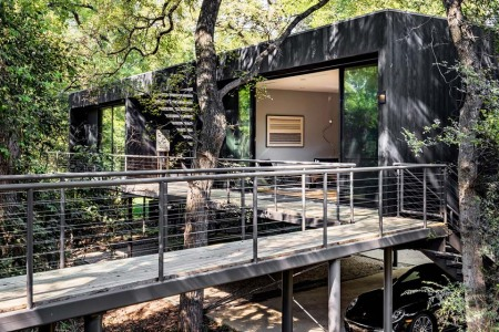 If You're Gonna Live in a Treehouse, Opt for One Like This