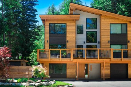 These 7 Ski-In Airbnbs Are Just as Desirable in Warm Weather
