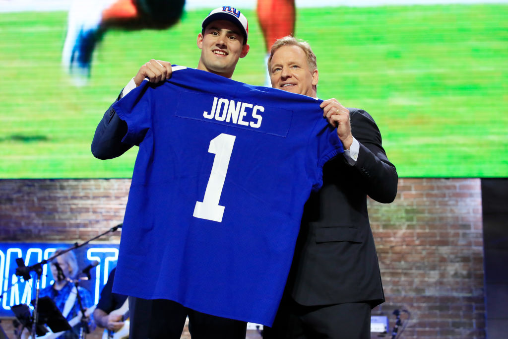Giants draft pick Daniel Jones with Roger Goodell. (Andy Lyons/Getty)