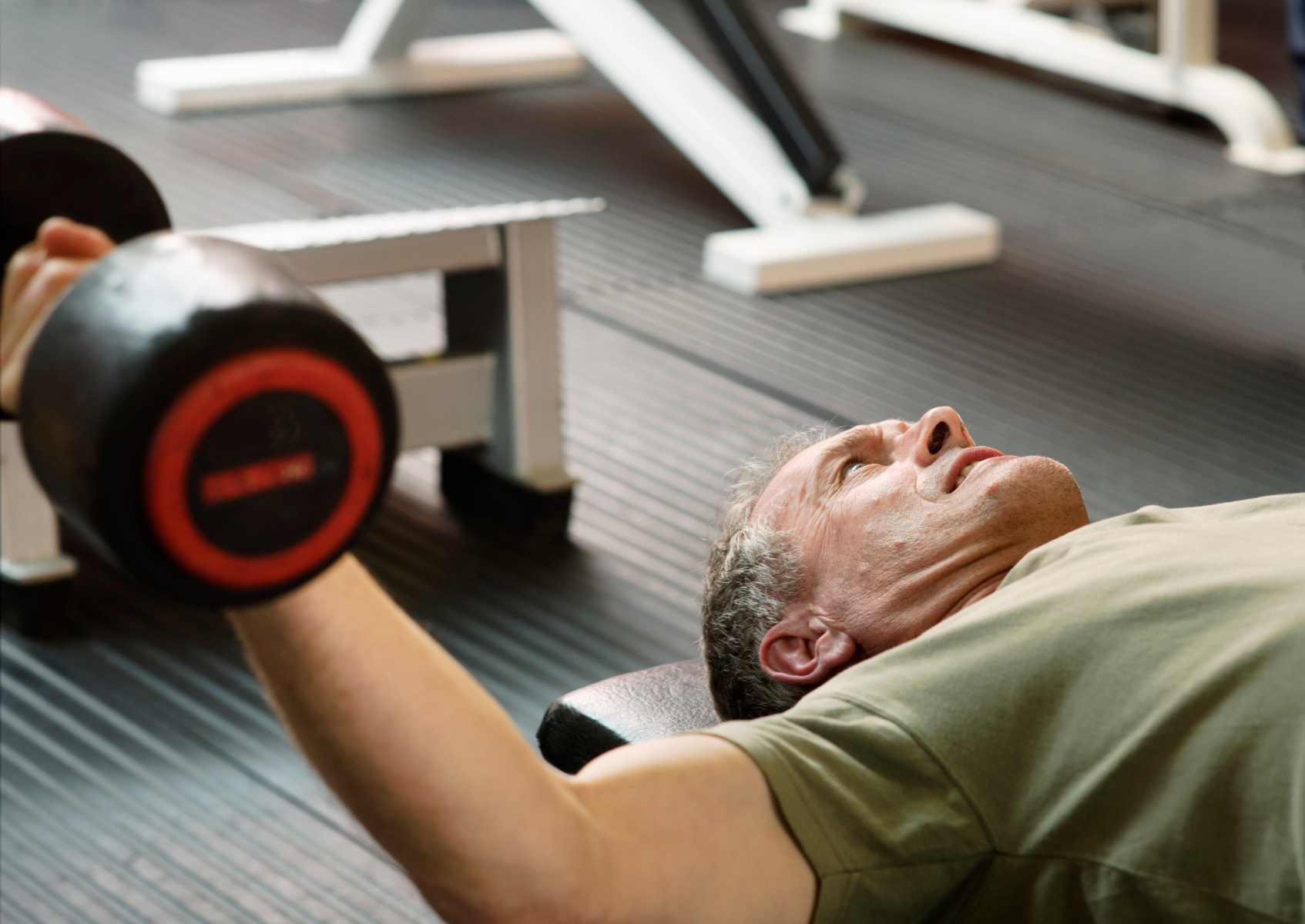 The Perfect 7-Step Weightlifting Routine for Healthier Aging