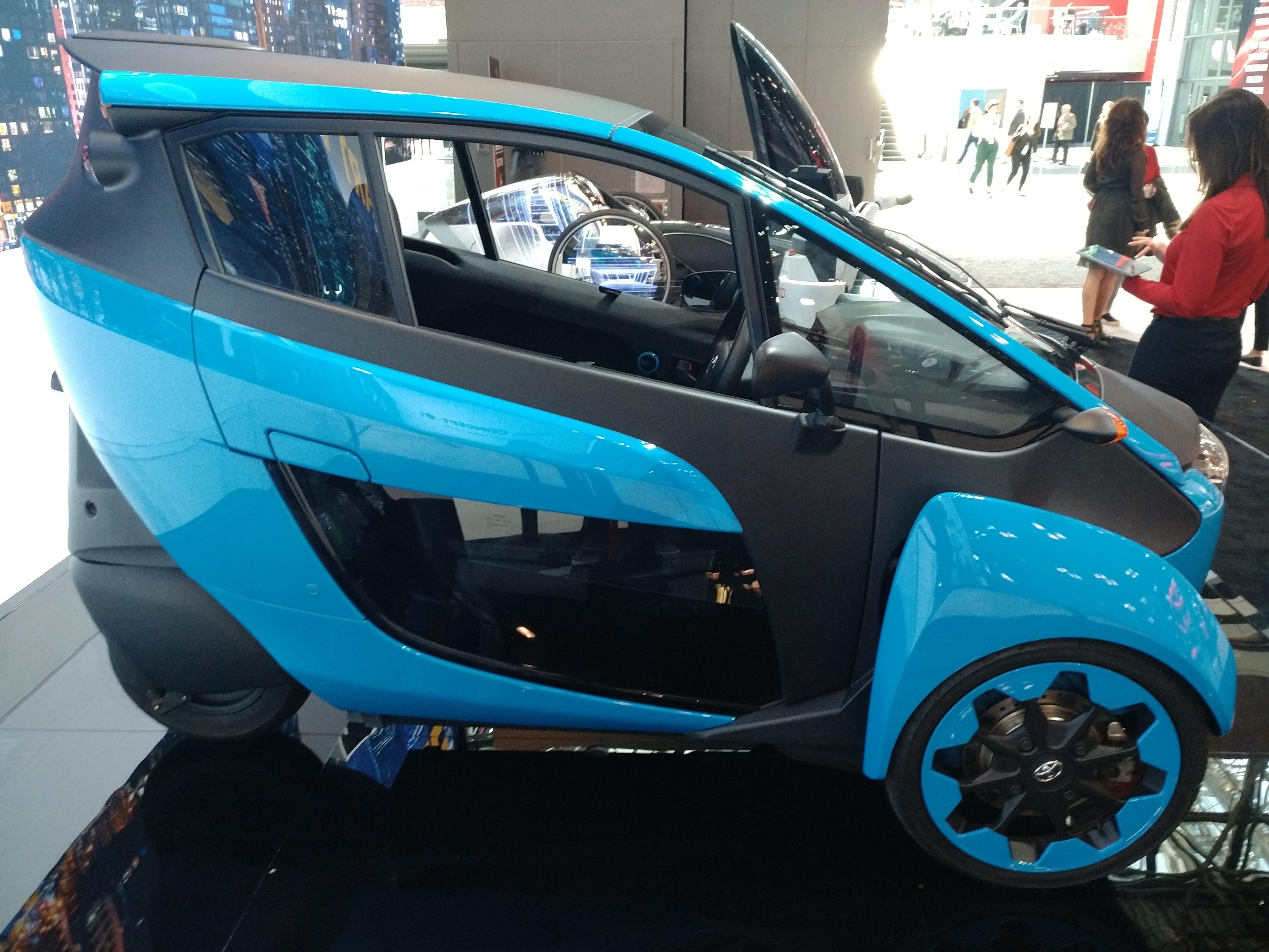 Toyota i-Road (Evan Bleier/InsideHook)