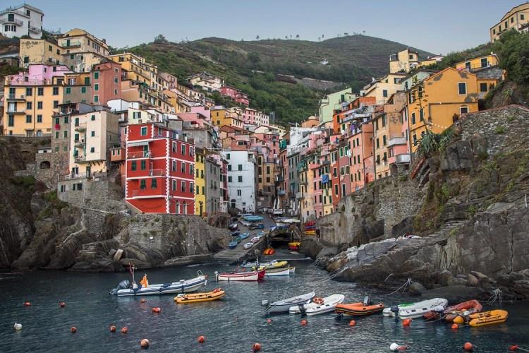 Cinque Terre Will Now Fine Hikers Wearing Flip-Flops