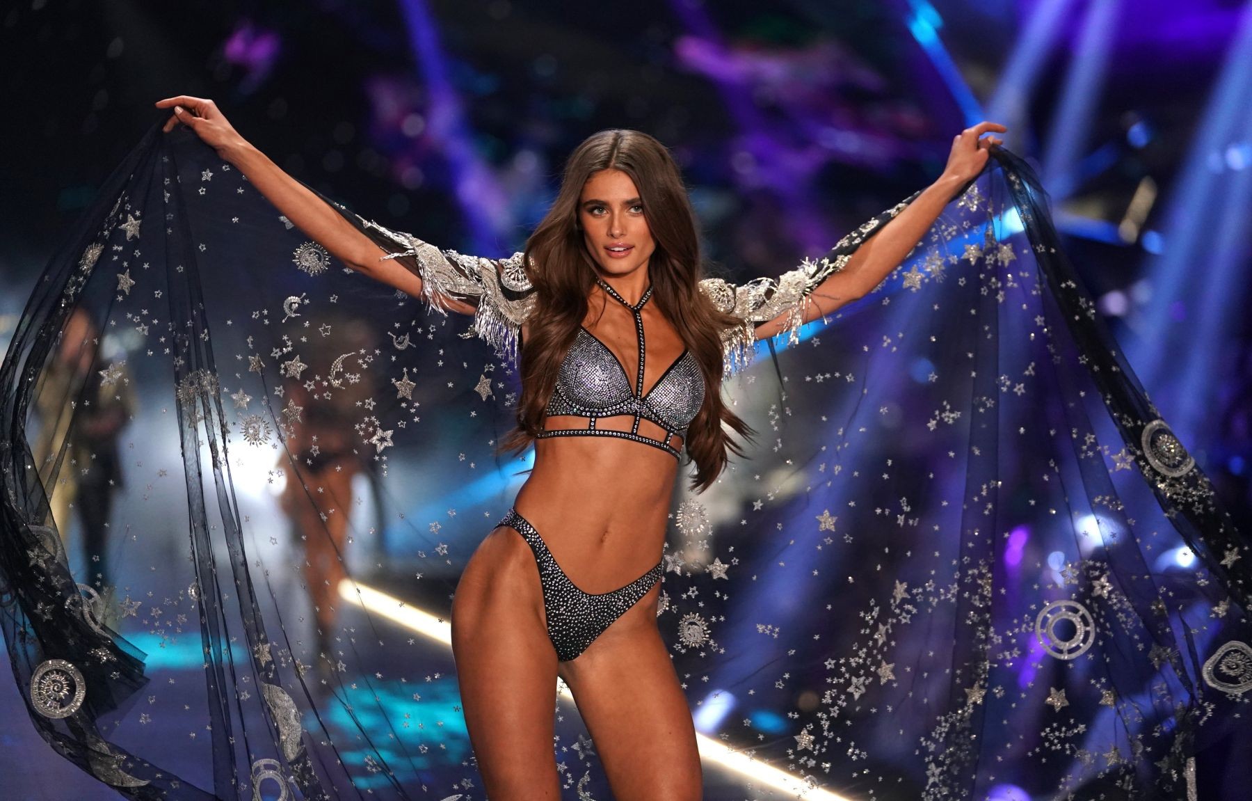 7cfa247763 Taylor Hill walks the runway at the 2018 Victoria's Secret Fashion Show