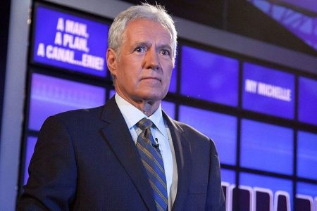 """See Alex Trebek Get Choked Up On """"Jeopardy!"""" After Contestant's Message"""
