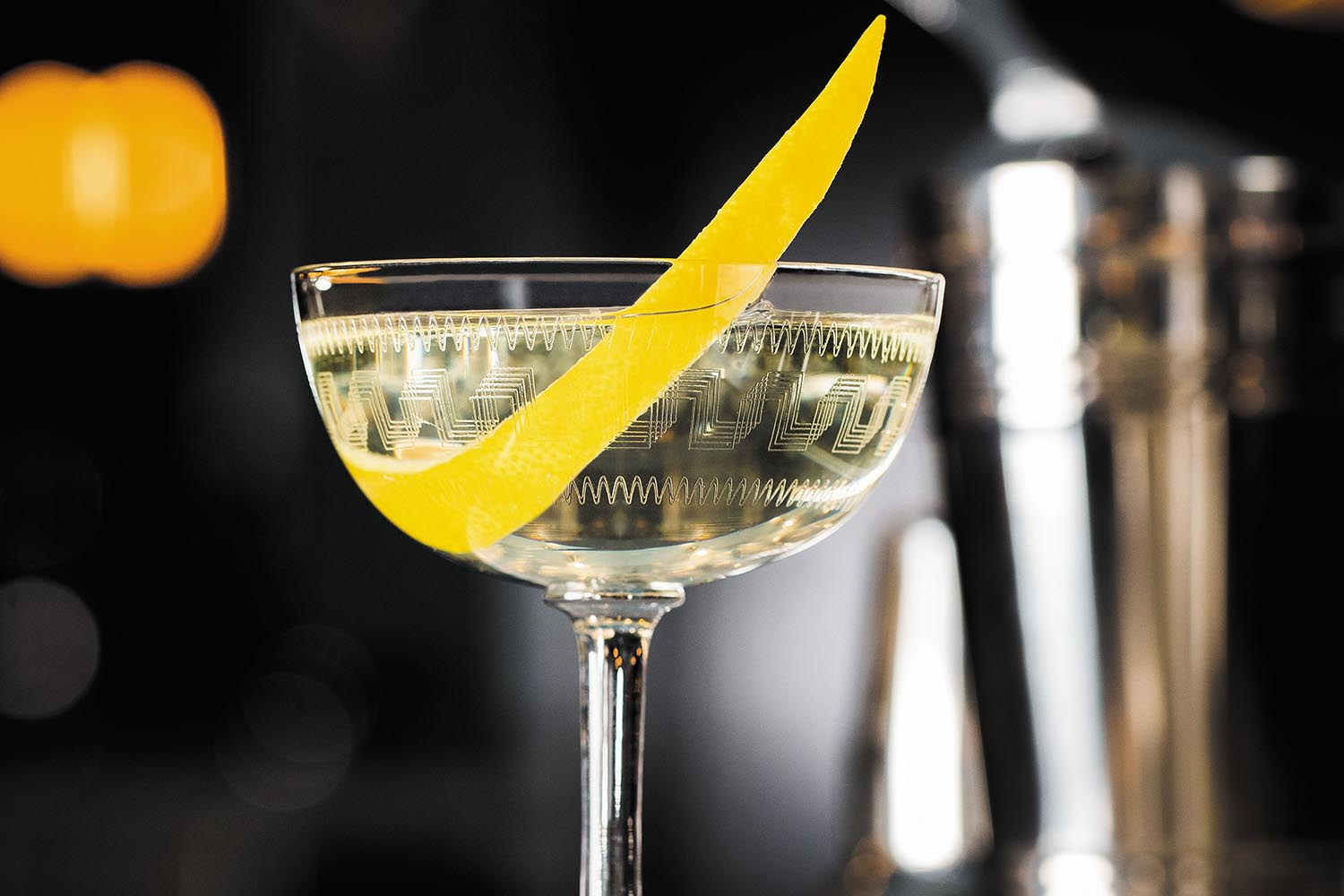 James Bond dry martini