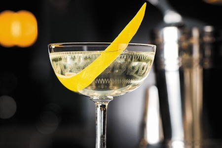 James Bond dry martini