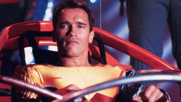 Schwarzenegger dystopian future in 2019