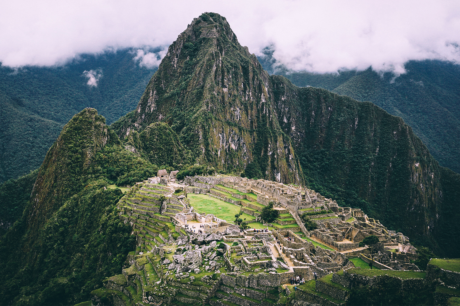 """Experts Say New Machu Picchu Airport """"Would Destroy"""" the Site"""