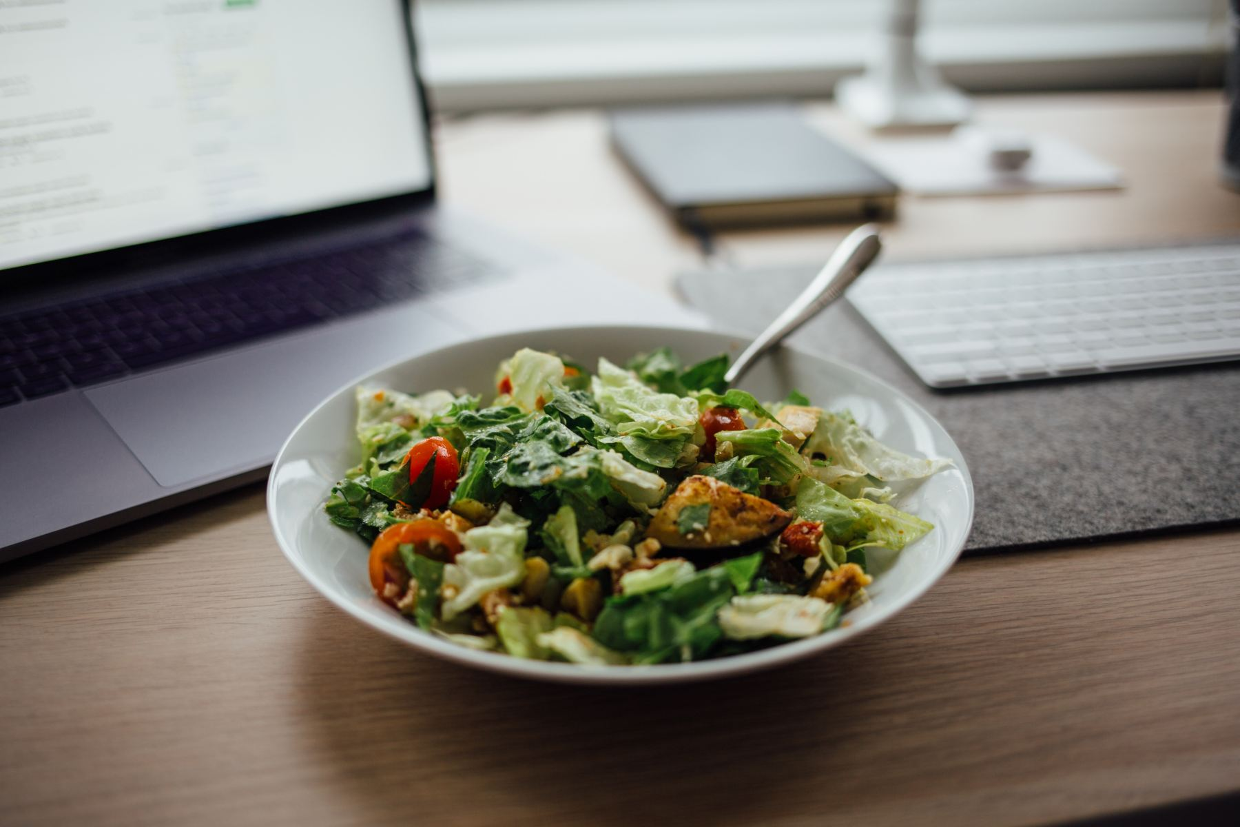 Actually, 11 a.m. is the perfect time to enjoy a sad desk salad.