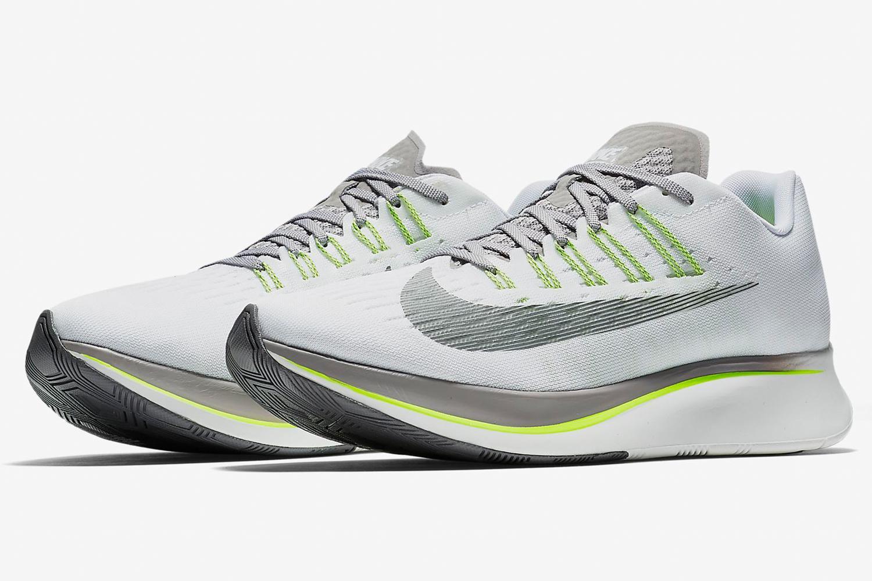 Fly Insidehook Off Running The Nike Ready Race Shoe Take70 Zoom PTkZOXiu