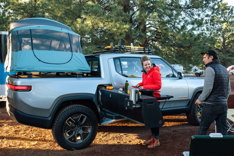 Rivian R1T Electric Pickup Truck Off-Road EV
