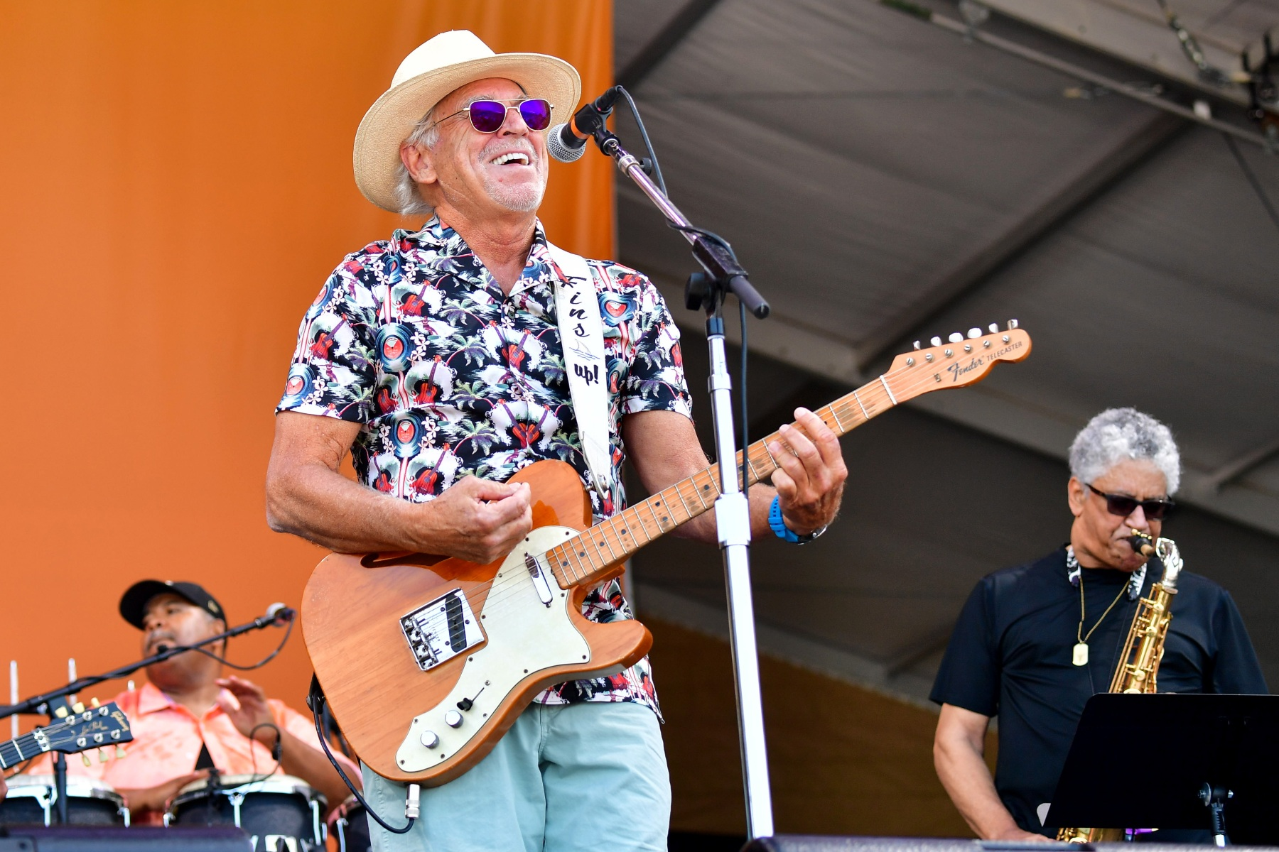 More Than 40 Jimmy Buffett Fans Fell Violently Ill on a Group Trip