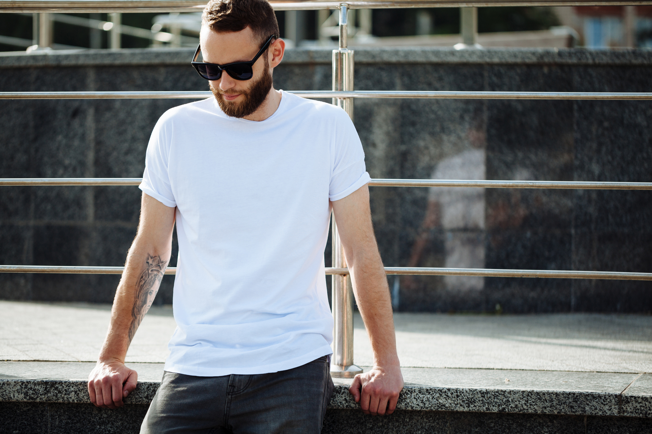 Are White Tees or Black Tees Better in the Sun? Science Weighs In. - InsideHook