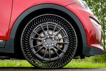 Michelin and GM Uptis Airless Tires