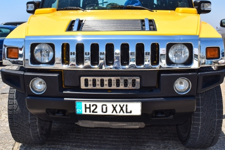 GM May Revive Hummer SUVs as Electric Vehicles