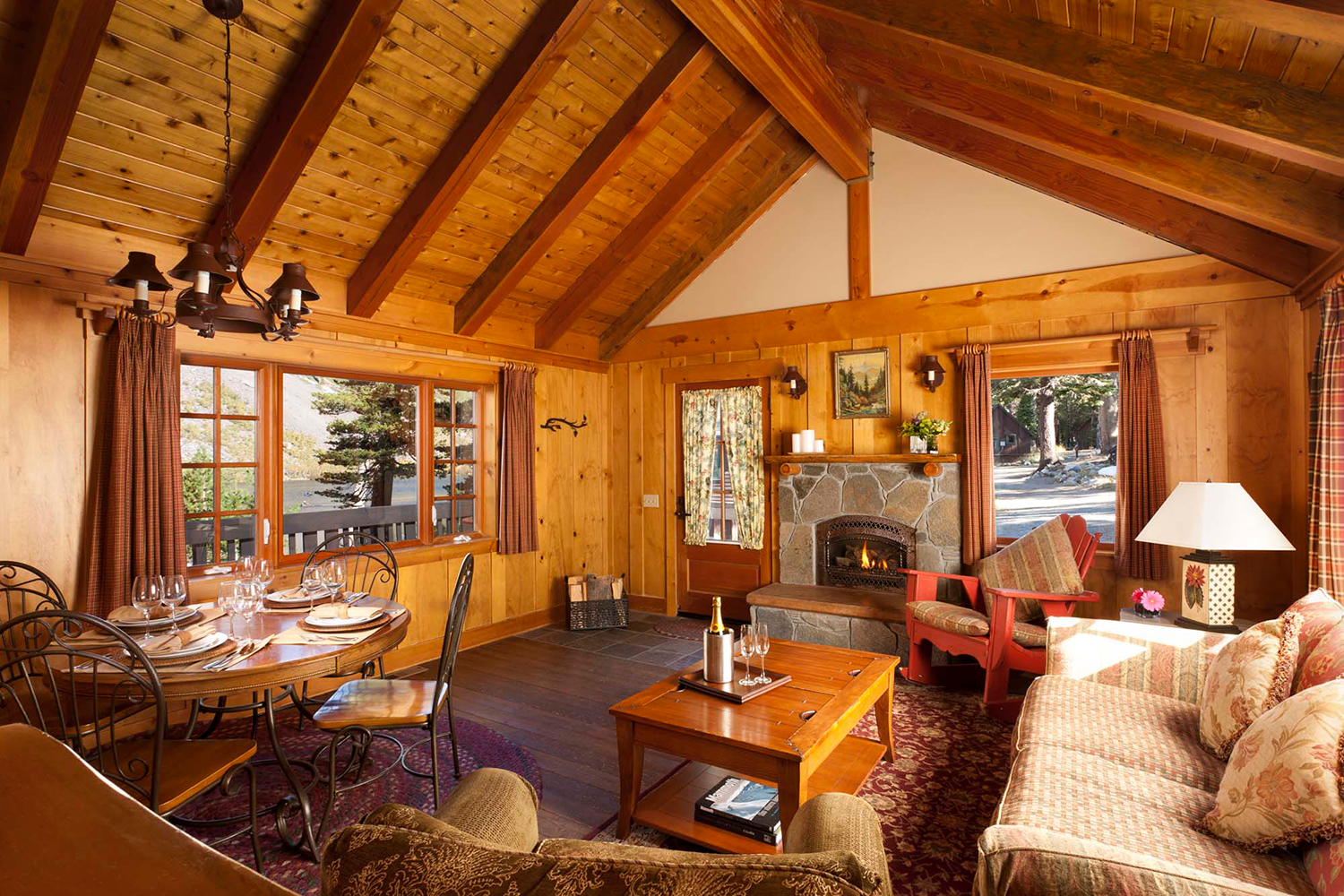 The 7 Best Lakeside Lodges in California