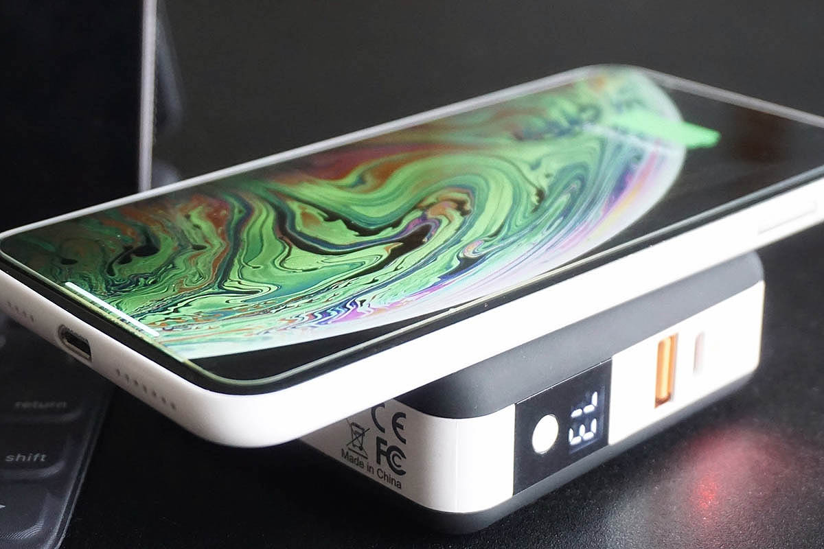 Fuse phone charger