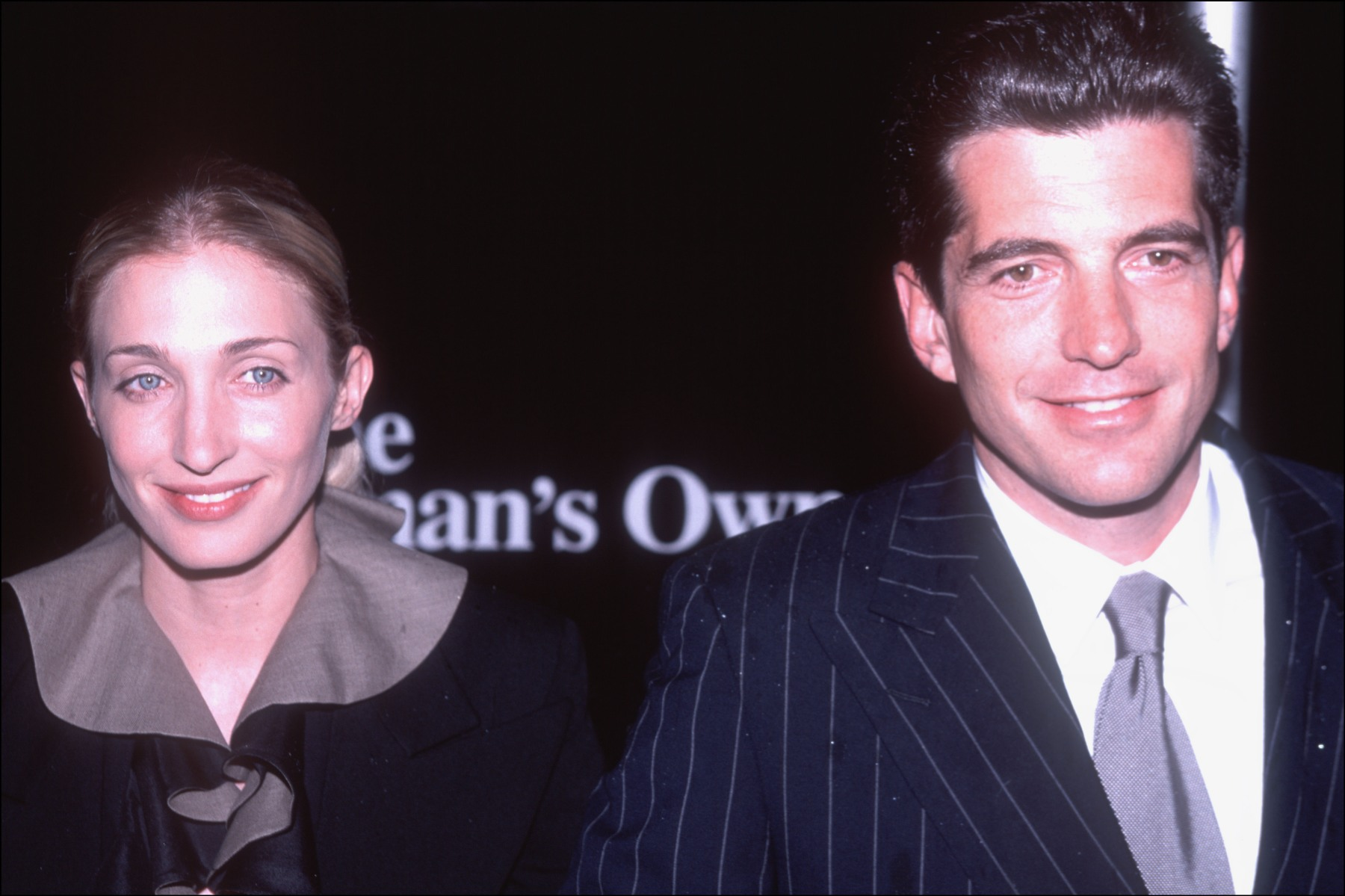 John F Kennedy Jr and his wife Carolyn Bessette Kennedy at their last public appearance. (Photo by Allan Tannenbaum/Getty Images)