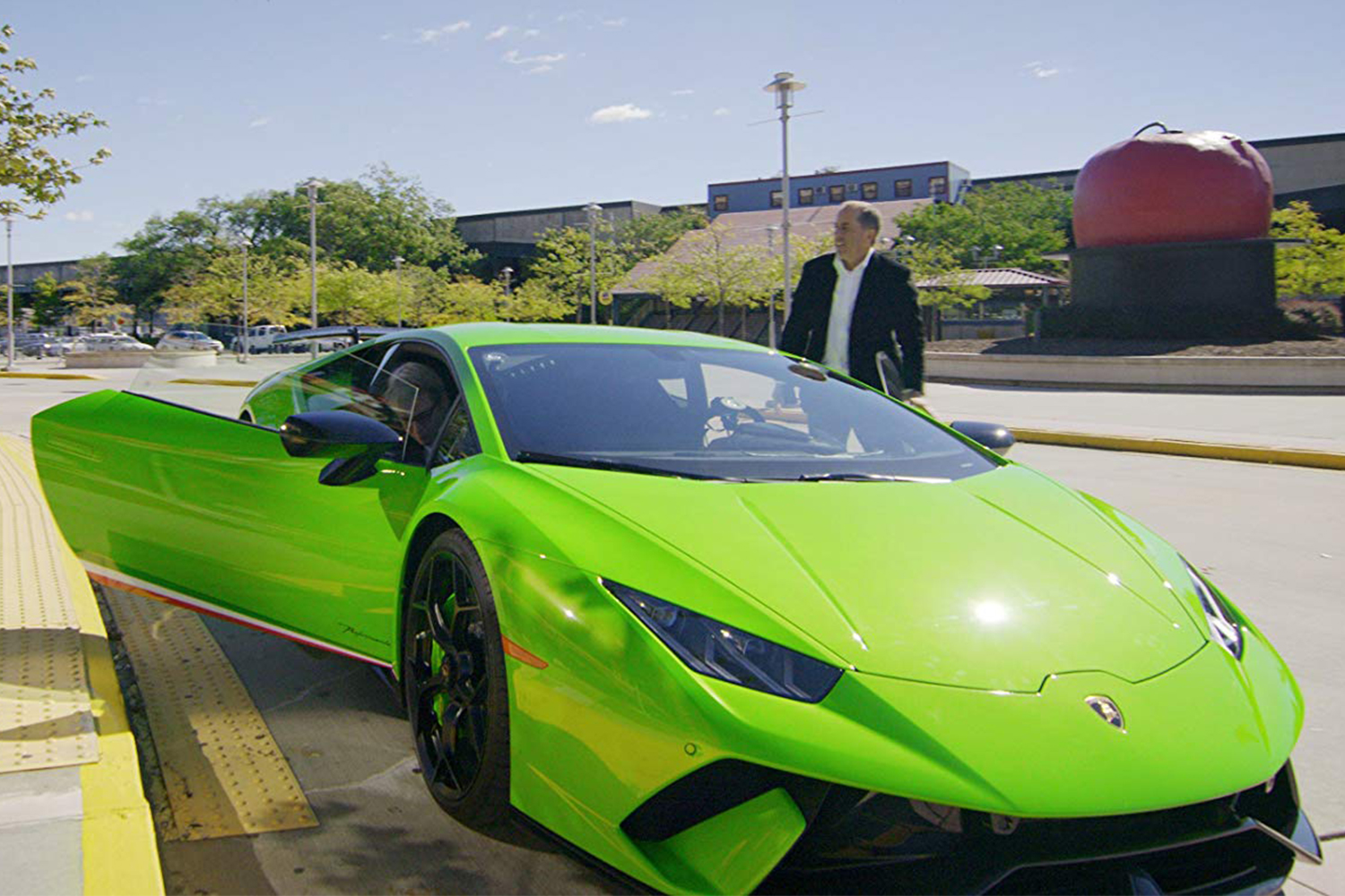 Best Comedians in Cars Lamborghini Huracán Performante