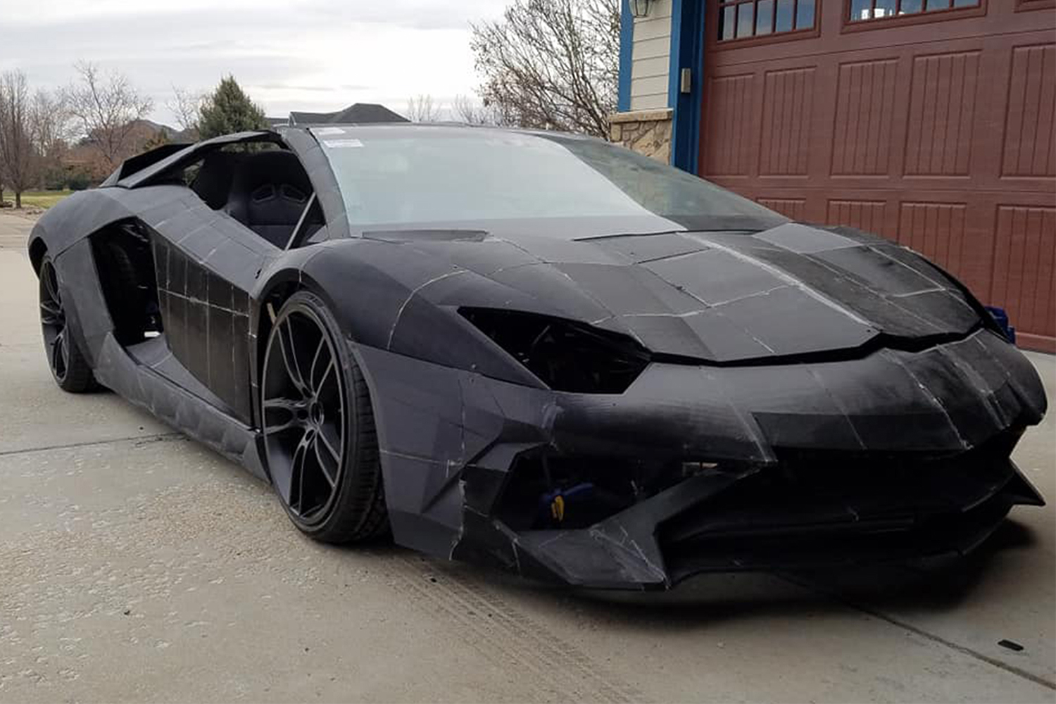 3D-Printed Lamborghini Aventador Car Built by Father and Son