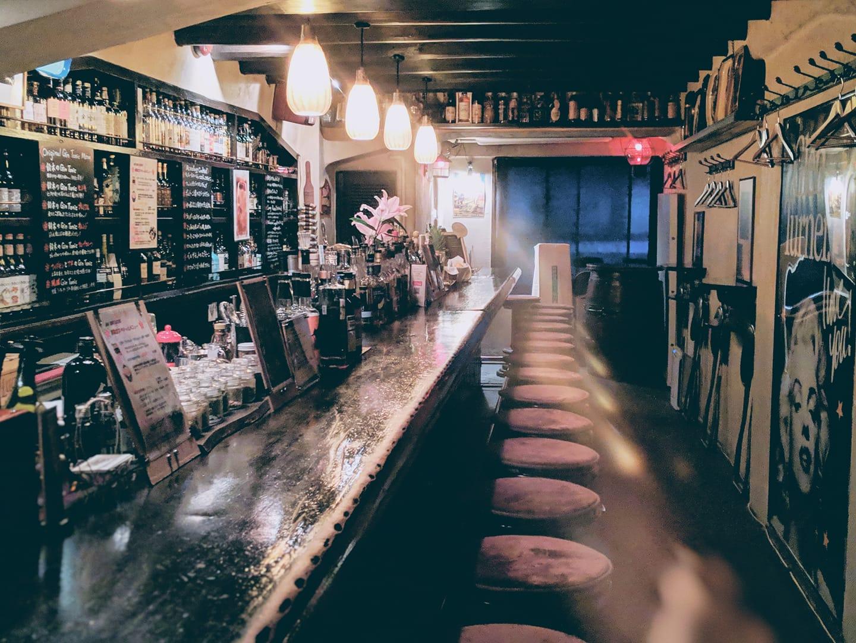 Writer David Coggins Names His 5 Favorite Bars Around the World - InsideHook