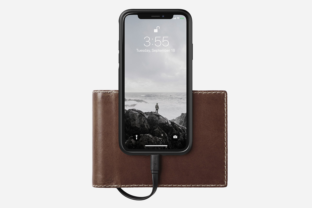 Nomad Bifold Charging Wallet