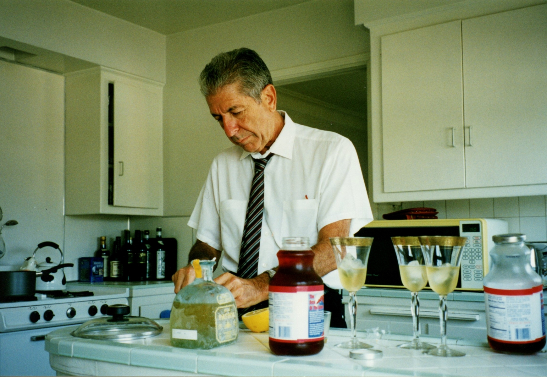 The Leonard Cohen cocktail is delicious (Courtesy Jarkko Arjatsalo, The Leonard Cohen Files)