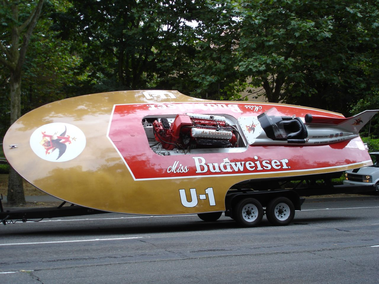 Miss Budweiser and the Golden Age of Hydroplane Racing - InsideHook