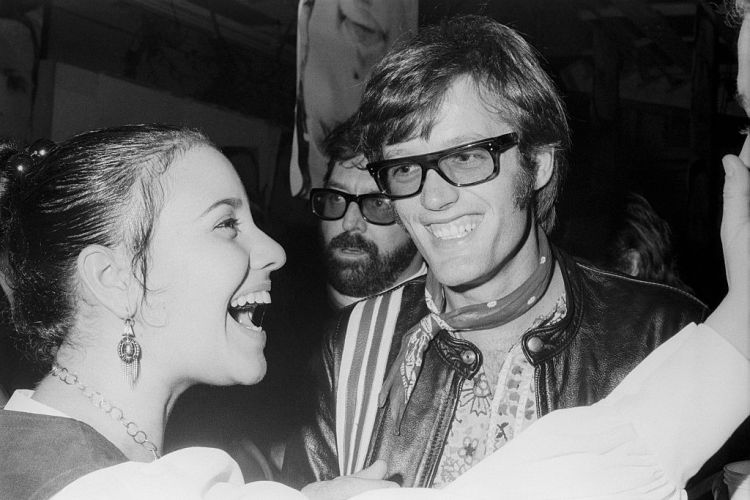 Actor and 1960s Icon Peter Fonda Dead at 79