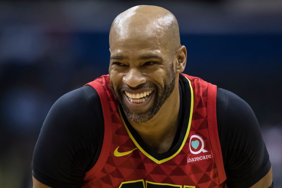 Vince Carter Returning to NBA for League-Record 22nd Season