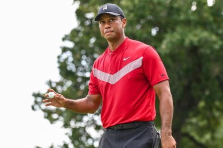 Tiger Woods Inks Deal to Design Putting Courses