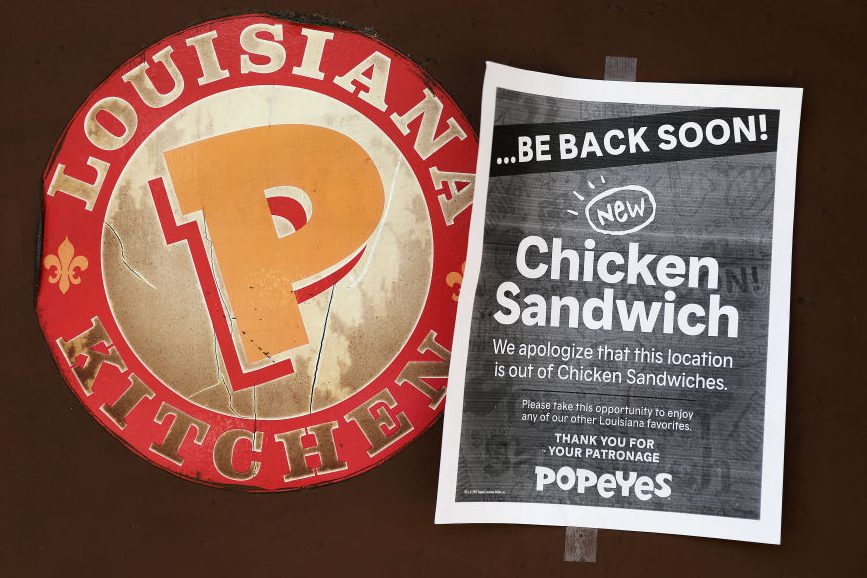 Chattanooga Man Sues Popeyes for Running Out of Chicken Sandwich