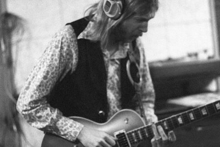 "Duane Allman's Gibson Les Paul From ""Layla"" Guitar Sells for $1M"