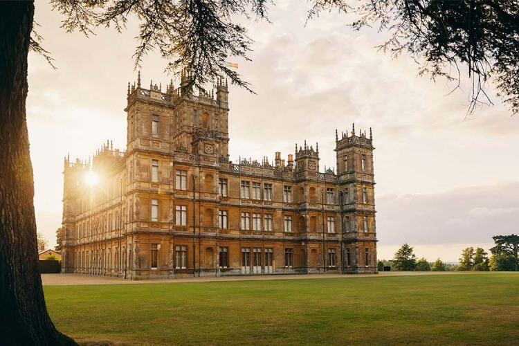 Downton Abbey Airbnb