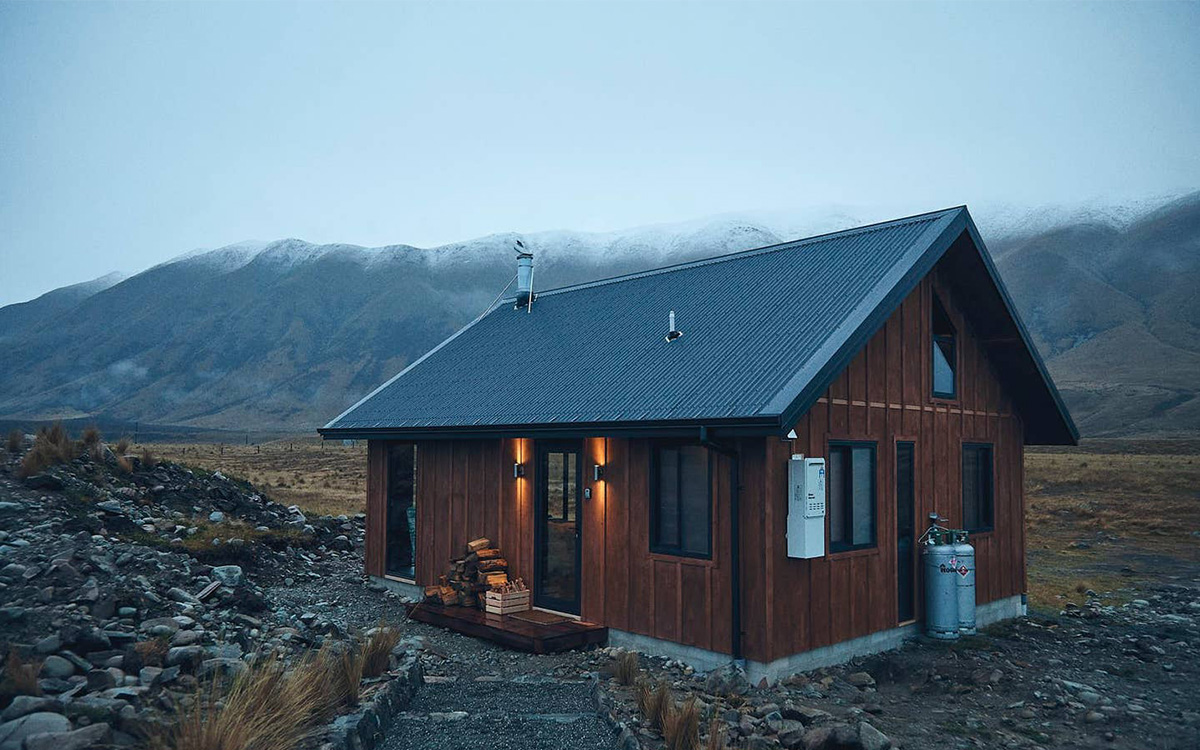 Writing Cabins on Airbnb
