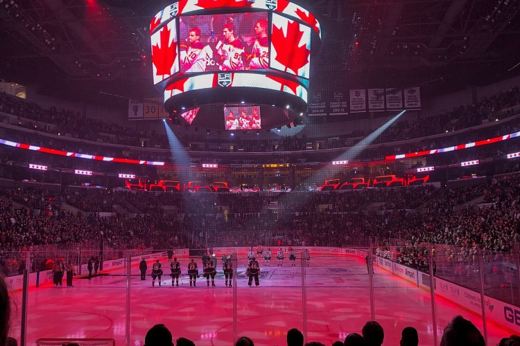 Fearing Jinx, LA Kings Cover Up Taylor Swift Banner