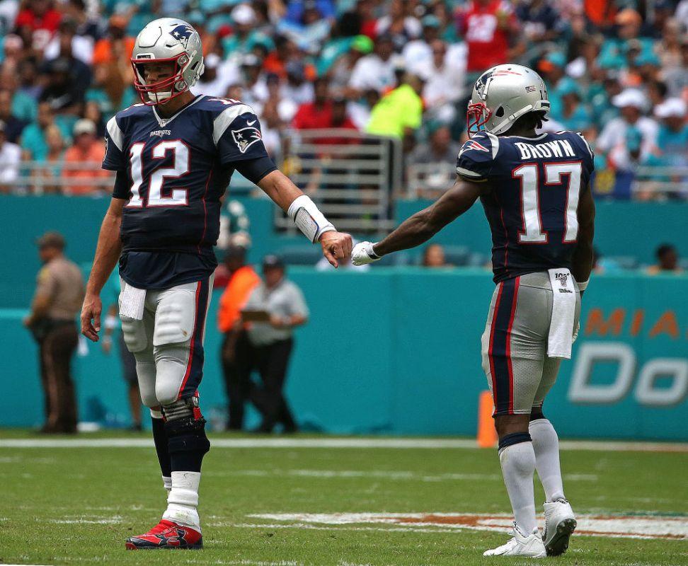Rumored Tom Brady-Antonio Brown Reunion Seems Unlikely