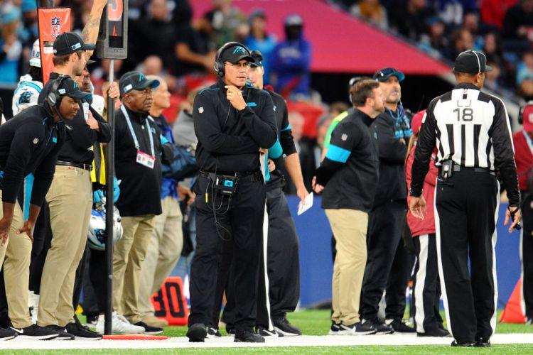 Panthers Attempt Rare Fair Catch Kick in London - InsideHook