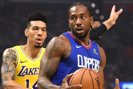 Kawhi Leonard Silences Lakers Fans and Scores 30 as Clippers Win