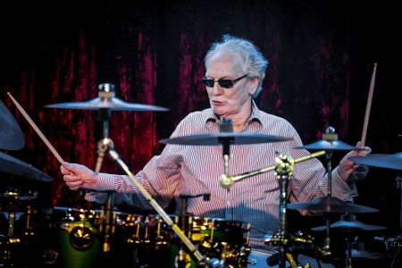 Ginger Baker performs on stage with his band Airforce 3 at The Borderline on January 26, 2016 in London, England.  (Photo by Neil Lupin/Redferns)