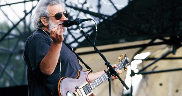 Grateful Dead Photographer Jay Blakesberg Talks Shooting Jerry Garcia's Last Days