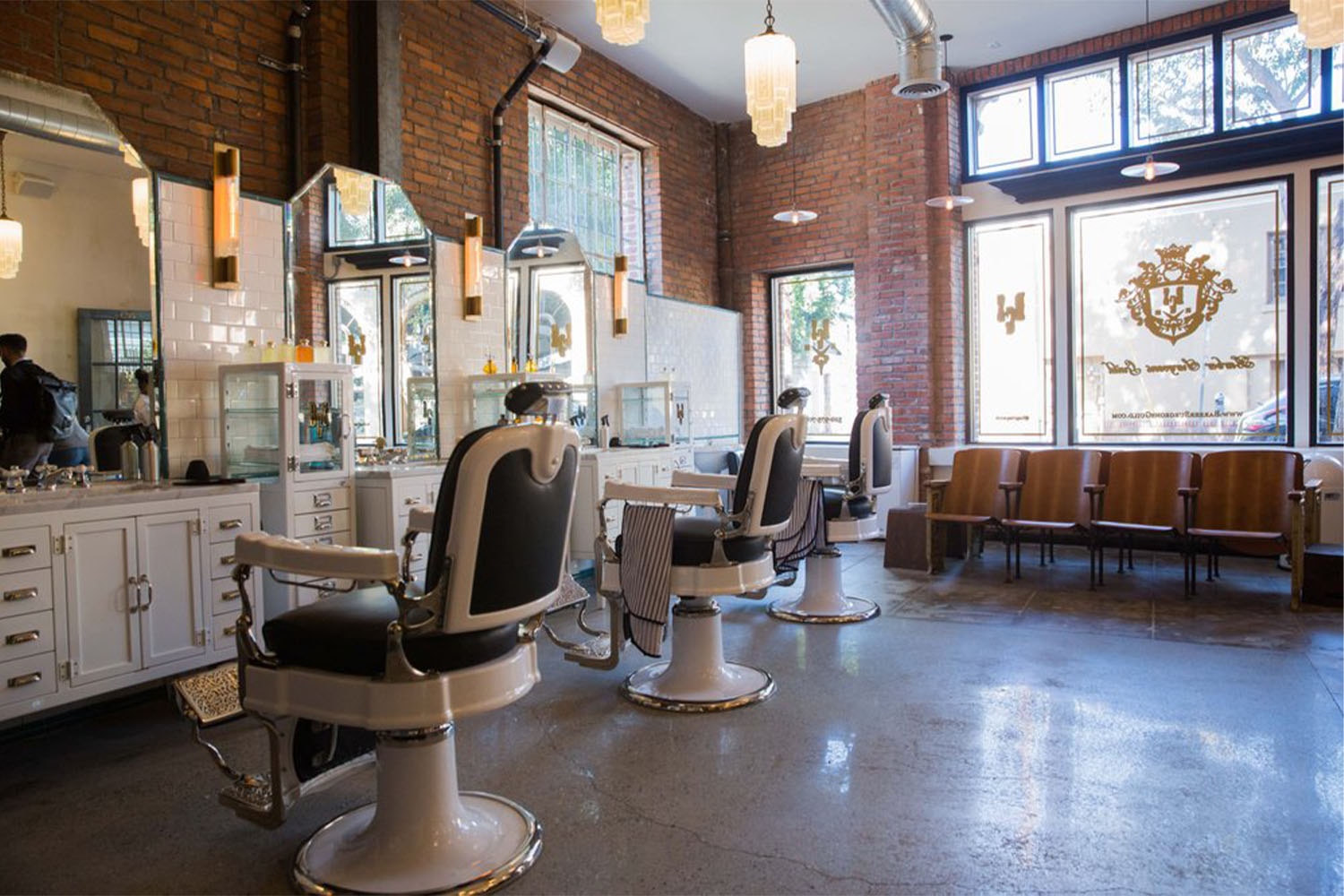 NYC's Newest Barbershop Uses Science to Save Your Hair