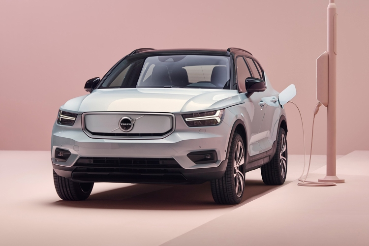 Volvo Unveils Its First All-Electric Vehicle: the XC40 Recharge - InsideHook